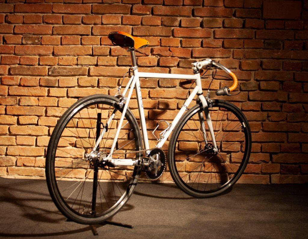 """""""Let's KRUZ your life"""" – interjú a Kruz Bike Company alapítójával"""