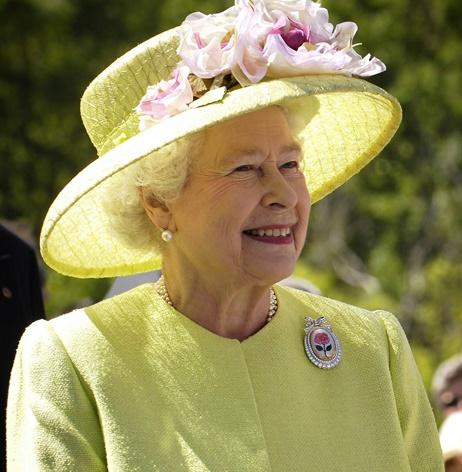Erzsébet királyné lemond a trónról?