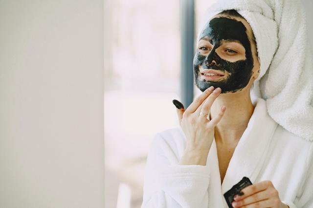 Az arcbőr természetes ápolása